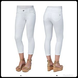 NWT,Democracy ab solution white ankle jeans 16W